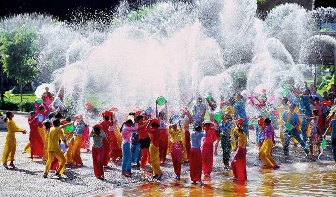 Tết Songkran Thái Lan