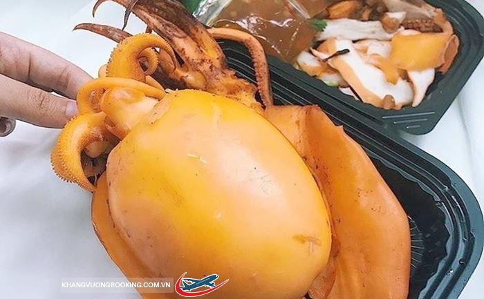 Món mực khổng lồ ở Hongkong