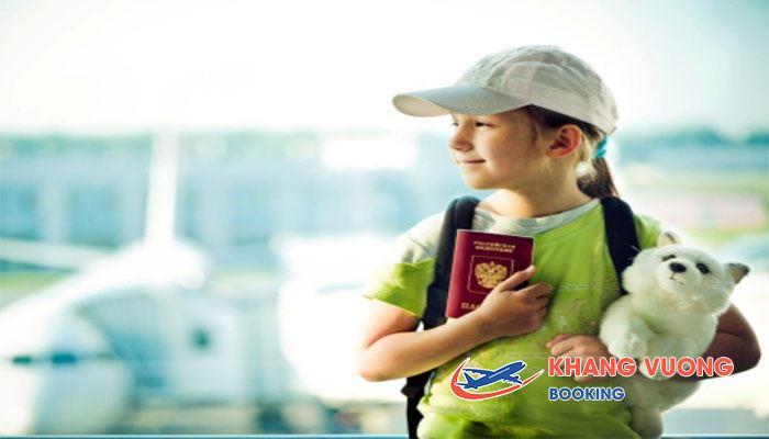 Cần có giấy khai sinh khi làm thủ tục cho bé đi máy bay Jetstar