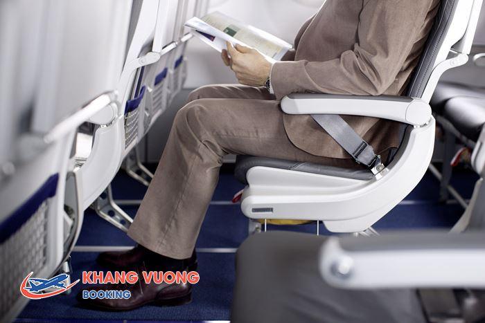 Thắt dây an toàn trên máy bay sẽ giúp bạn tránh bị thương
