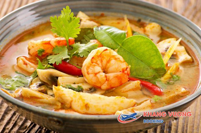 Tom Yum món ăn nổi tiếng của Thái Lan