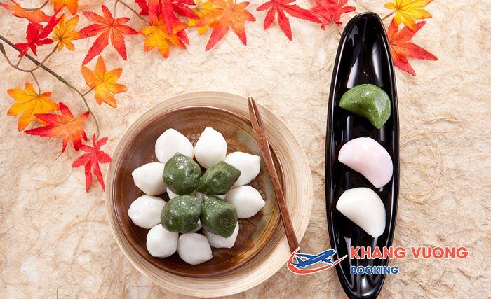 Songpyeon nguyên liệu chính là bột gạo